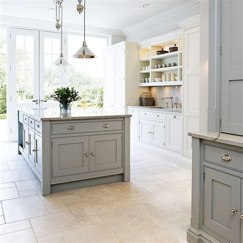 ideas for kitchen floors 25 best ideas about painting tile floors on