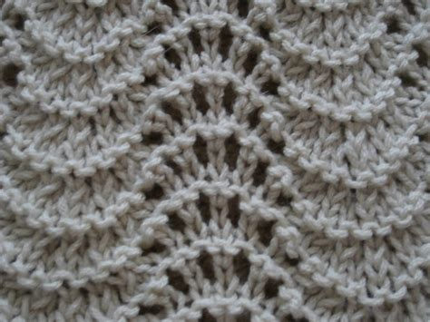 feather wool knitting patterns feather and fan baby blanket knit pattern stitches ins