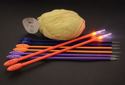 lighted knitting needles 9 sizes from 4 25mm to 10 0mm led lighted knitting needles