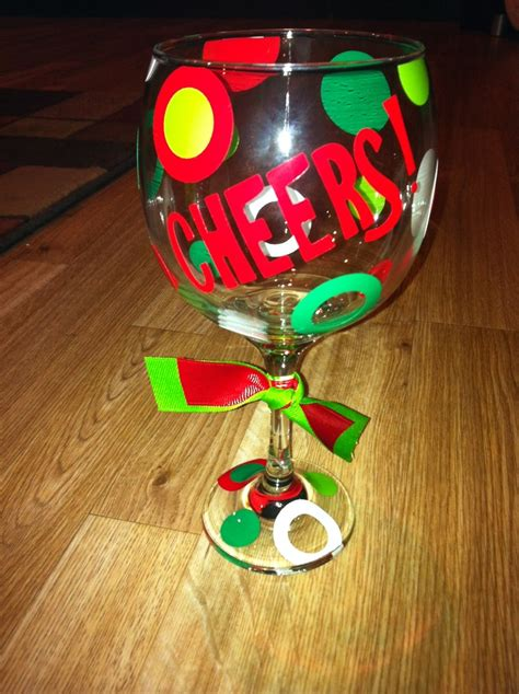 wine glass craft projects 77 best images about wine glass vinyl decorations on