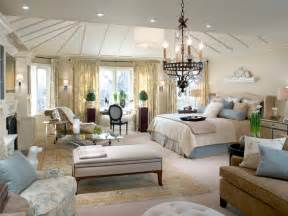 Hgtv Bedrooms Decorating Ideas 10 divine master bedrooms by candice olson bedrooms