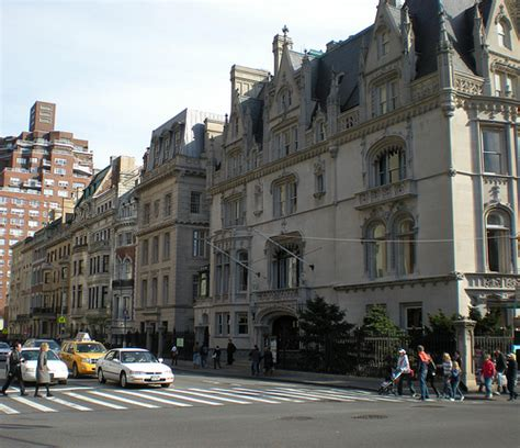Cheap Apartments In Nyc For Rent 1 Bedroom nyc apartments not big enough get an urban mansion new
