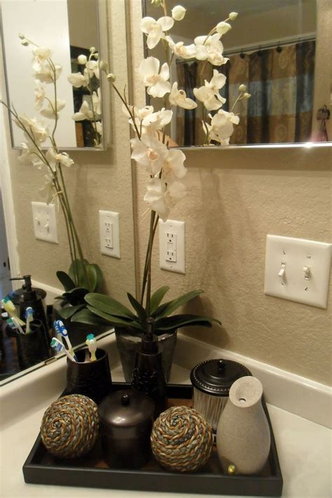 25 best ideas about bathroom 25 best ideas about apartment bathroom decorating on