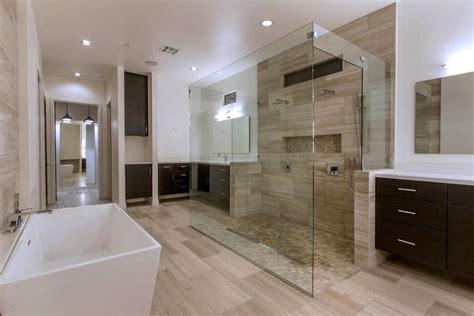 contemporary master bathroom in paradise valley az