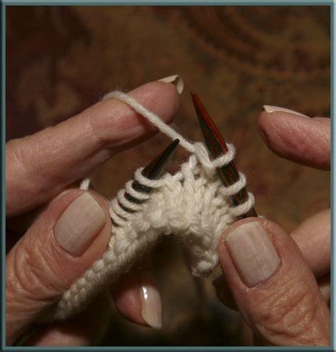 knitting left handed 35 best crochet left handed tutorials images on
