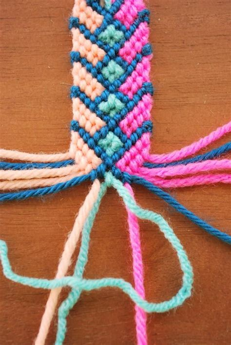 how to make string jewelry best 25 easy friendship bracelets ideas on