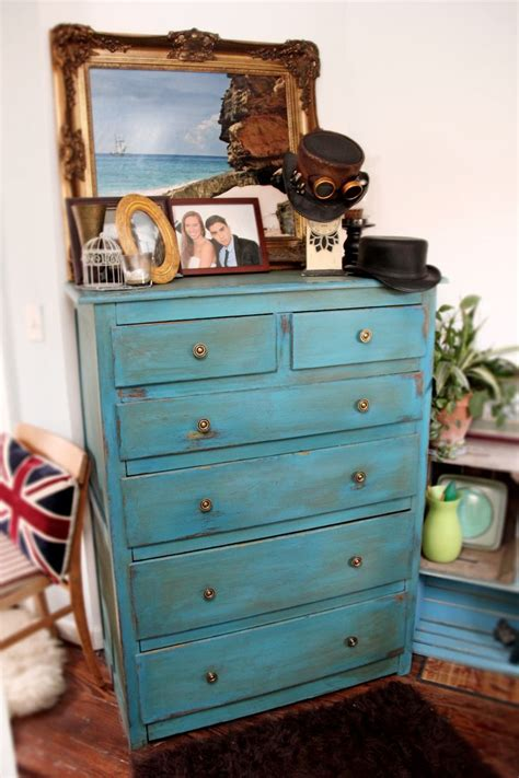 chalk paint americana dresser after farmhouse chic americana decor chalk