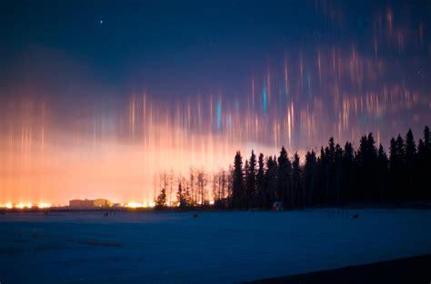 light pillars the stunning phenomenon of light pillars