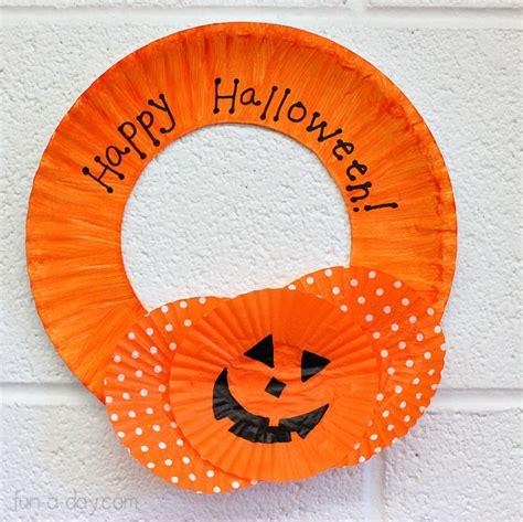 paper plate decoration craft 15 paper plate crafts