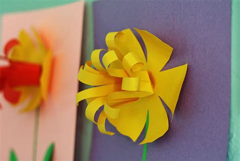 daffodil craft for pretty paper daffodils make and takes