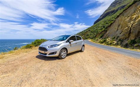 Small Cars With Great Gas Mileage by 21 Compact Cars With The Best Gas Mileage Gobankingrates
