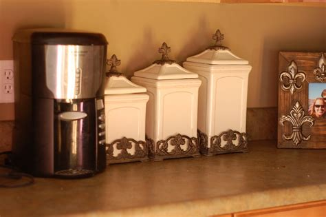 tuscan style kitchen canisters tuscan kitchen canister sets 28 images 2 italian