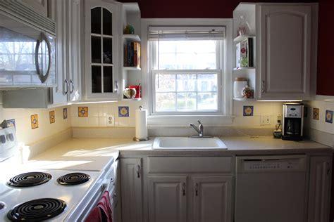 white appliance kitchen ideas kitchen design ideas with white appliances home design ideas