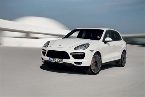2014 Porsche Cayenne Turbo S by New Porsche Cayenne Turbo S 2014 Extravaganzi