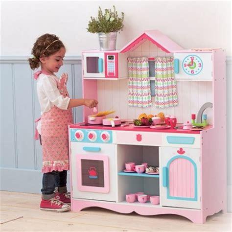 jeux et jouets pour les filles 224 partir de 3 ans la cuisin 232 re en bois pour jouer 224 la maman ou