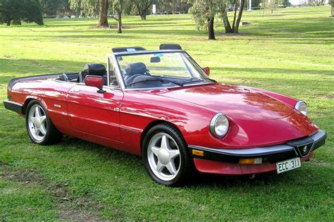 Alfa Romeo 2000 Spider by 2000 Alfa Romeo Spider Photos Informations Articles