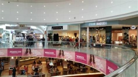 Garden State Mall Jewelry Westfield Garden State Plaza Louis Vuitton Picture Of