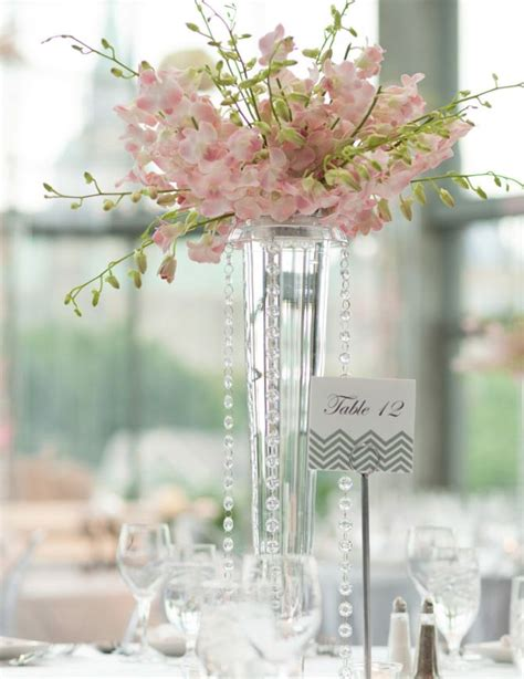 vase wedding centerpiece ideas best 25 vase centerpieces ideas on
