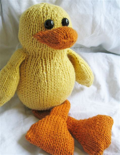 duck knitting pattern dudley the duck knitting patterns and crochet