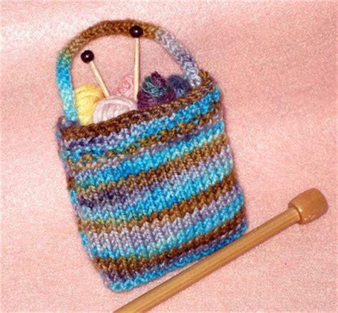 cool knitting projects for beginners golden bird knits miniature knitting bag pattern