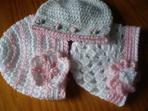 and crochet patterns a trio of pretty baby hats free pattern by peters