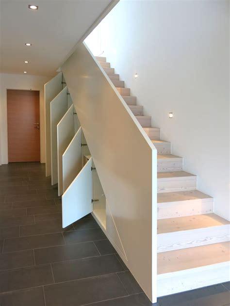 Badezimmermöbel Zirbenholz by Die Besten 25 Stauraum Unter Der Treppe Ideen Auf