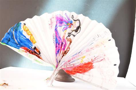decorative paper crafts make a decorative fan paper craft for