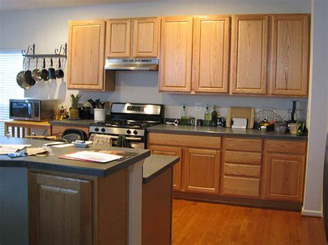 what paint color for kitchen cabinets kitchen colors to paint your kitchen cabinets kitchens