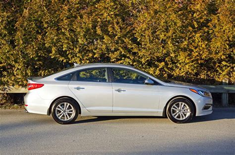 2015 Hyundai Sonata Gls by 2015 Hyundai Sonata Gls Road Test Review Carcostcanada