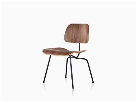 Eames Molded Plywood Chairs by Eames Molded Plywood Dining Chair With Metal Base Herman