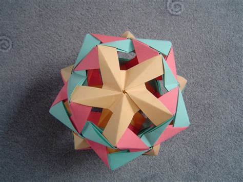 origami icosahedron 1000 images about creative sonobe on