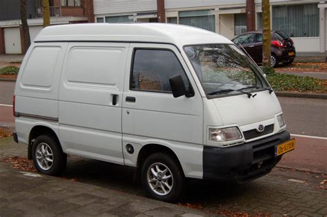 Daihatsu Hijet by Daihatsu Hijet 1300 1999 Autoweek Nl