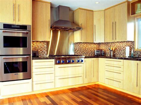 kitchens designs images l shaped kitchen designs hgtv