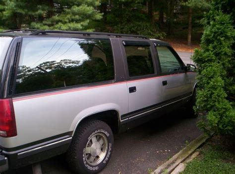 how to sell used cars 1993 gmc suburban 2500 spare parts catalogs purchase used 1993 gmc 1500 2wd suburban in media pennsylvania united states