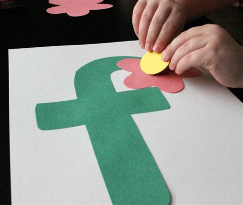 crafts for for letter f crafts preschool and kindergarten