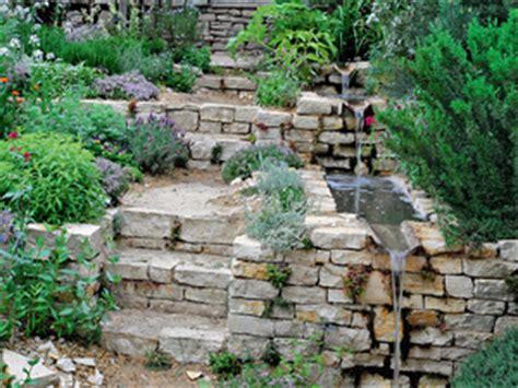 Abschüssigen Garten Gestalten by Garten Am Hang Gartengestaltung Dekoration
