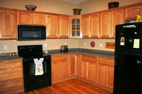 paint colors for kitchen walls and cabinets how to choose the right kitchen wall painting color