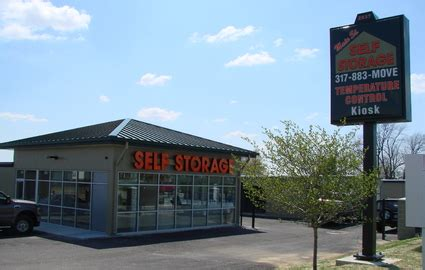 Storage Units Greenwood Indiana by Self Storage In Greenwood In St Self Storage