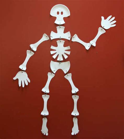 skeleton crafts for paper plate skeleton paper plates skeletons and plates