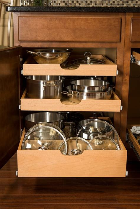 kitchen cabinets shelves ideas best 25 pull out shelves ideas on small