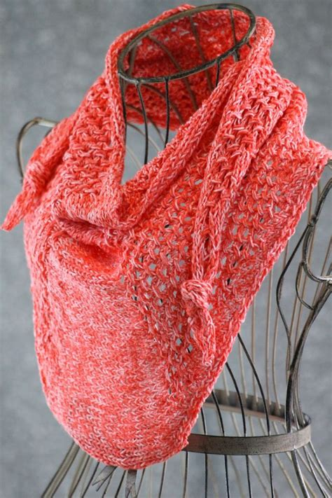 knitting patterns for sport weight yarn cluster mini shawl made with about 300 yards of