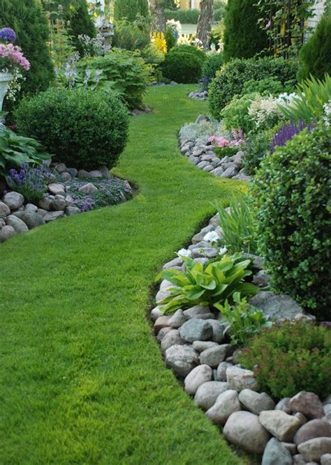 rock edging for gardens interesting paths and walk ways gardens garden borders