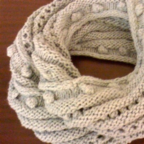 how to knit a moebius scarf new knitter bobble eyelet moebius cowl knitting