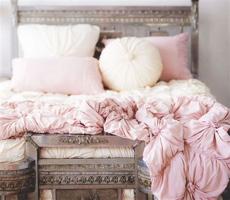 light pink bed set 25 best ideas about pink bedding on light