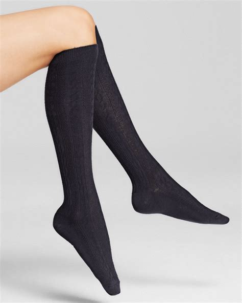 cable knit knee socks hue cable knit knee socks in blue navy lyst
