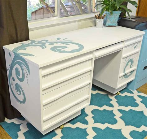 chalk paint executive desk top posts for 2014 just paint it
