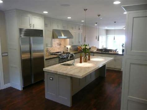white wood kitchen cabinets wood floors design ideas
