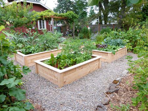 raised bed designs vegetable gardens 2013 vegetable garden plan hip digs