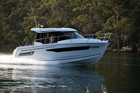 merry reviews jeanneau merry fisher 895 review boatadvice