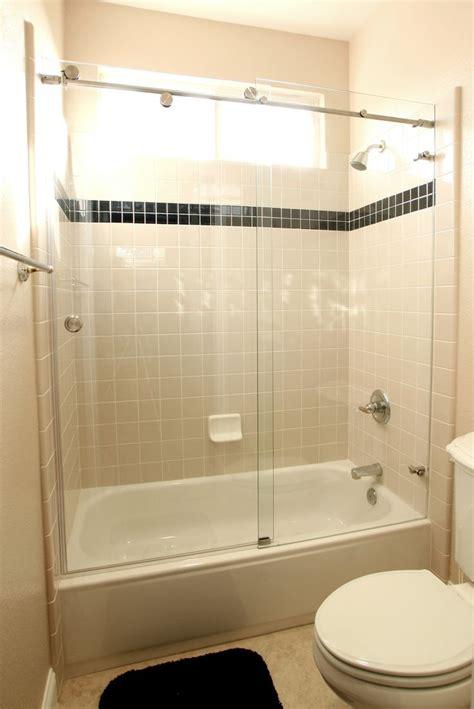 bathroom shower door best 25 tub glass door ideas on glass bathtub
